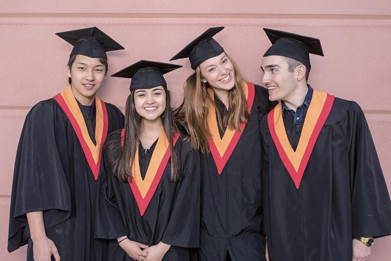 海外の大学・カレッジへの進学を希望する場合